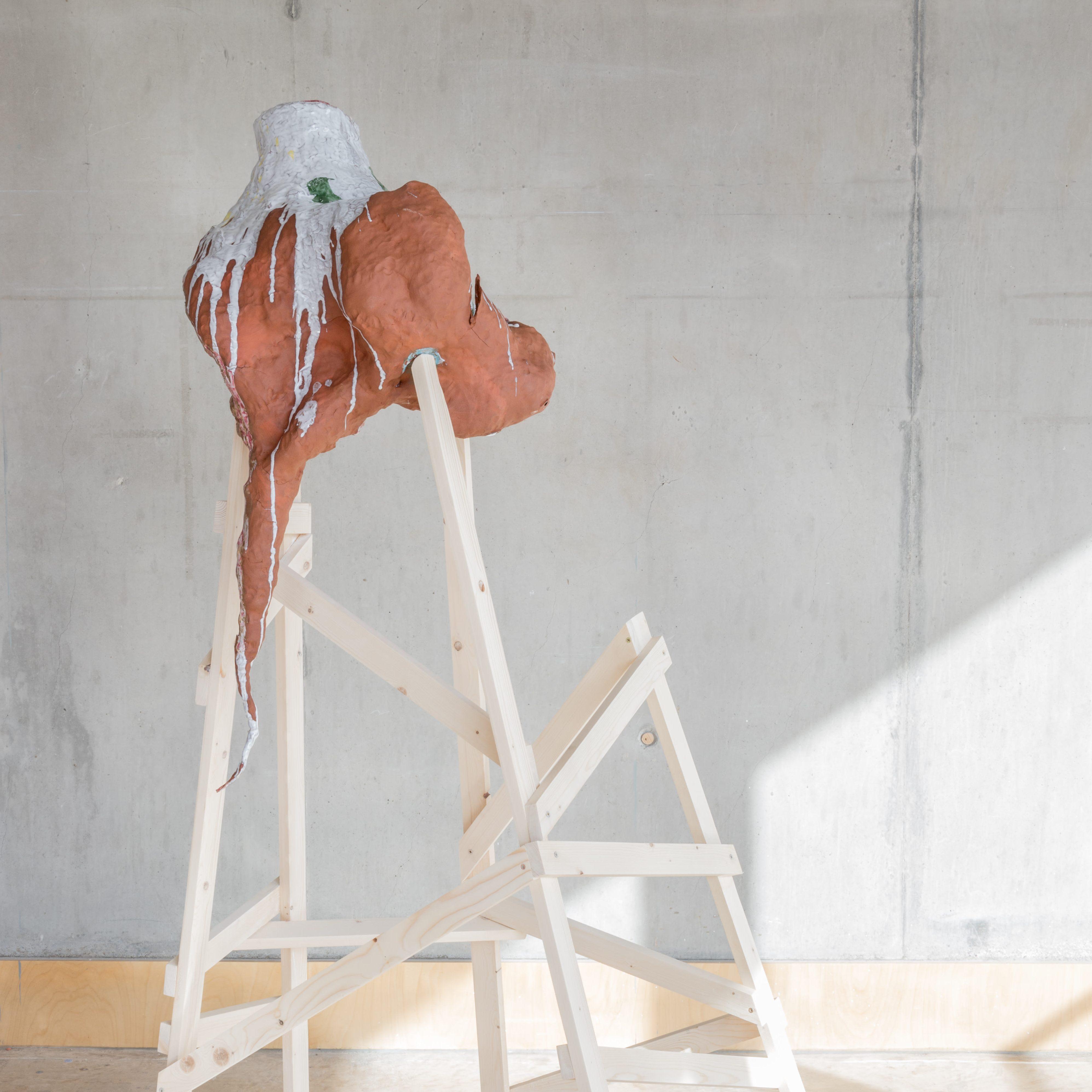Marek Liska clay sculpture